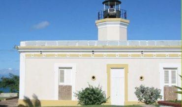 Faro Punta Mulas en Vieques