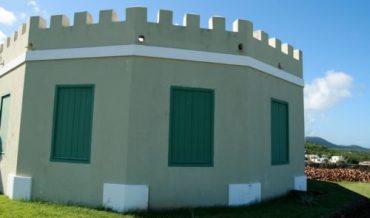 Vieques: Proyecto restauración Fortín Conde de Mirasol