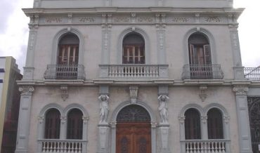 Ponce: Casa Armstrong Poventud