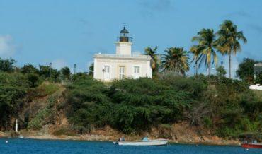 Vieques: Faro Punta Mulas