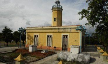 Arroyo: Faro Punta de las Figuras