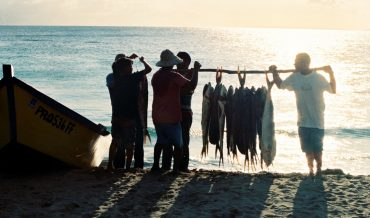 ¿Hay pescado fresco?  La pesca en Puerto Rico: su significado antropológico e histórico